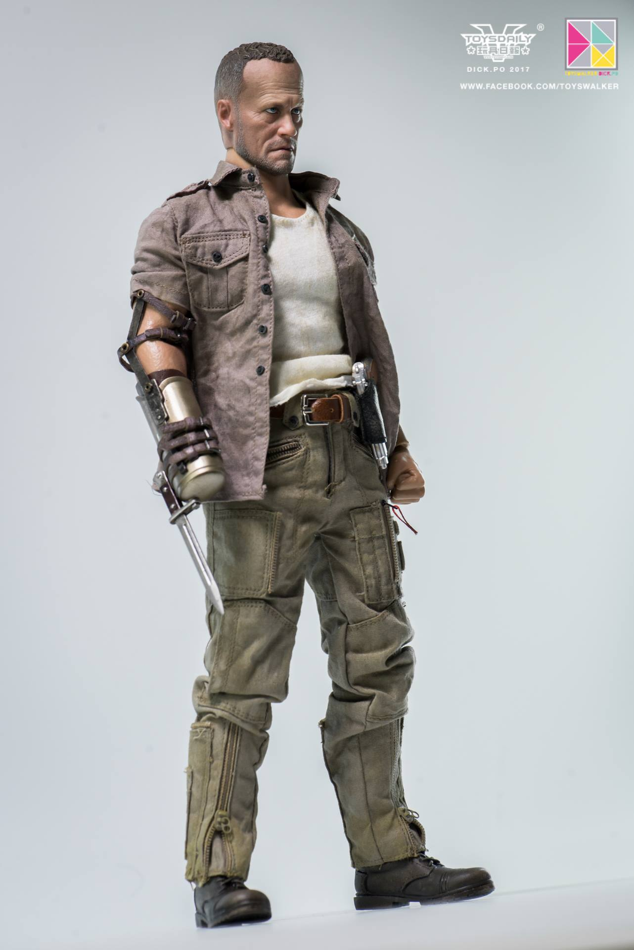 Threezero The Walking Dead Merle Dixon2